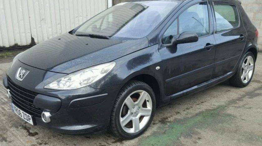 Dezmembrez Peugeot 307, 1.6b 2006