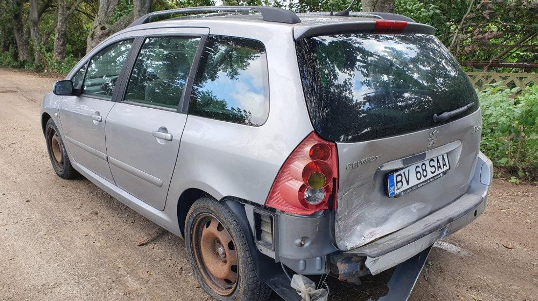 Dezmembrez Peugeot 307 2004 SW 2.0 HDI