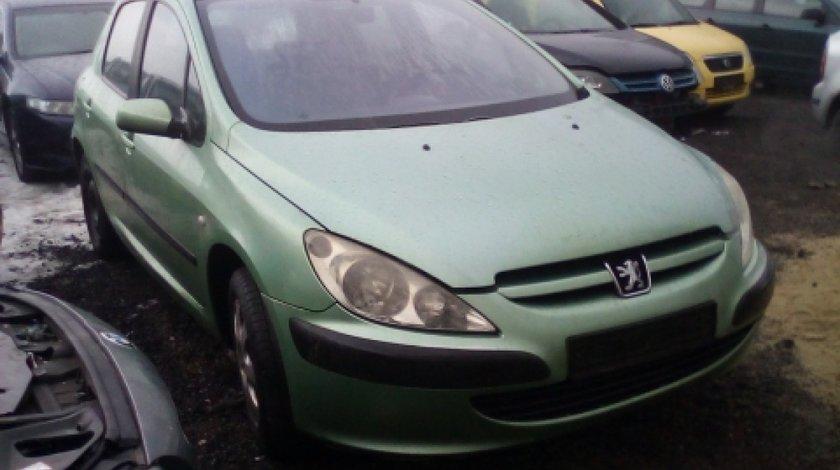 Dezmembrez Peugeot 307, an 2005, motorizare 1.6