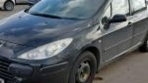 Dezmembrez Peugeot 307 hatchback 2.0 tdi