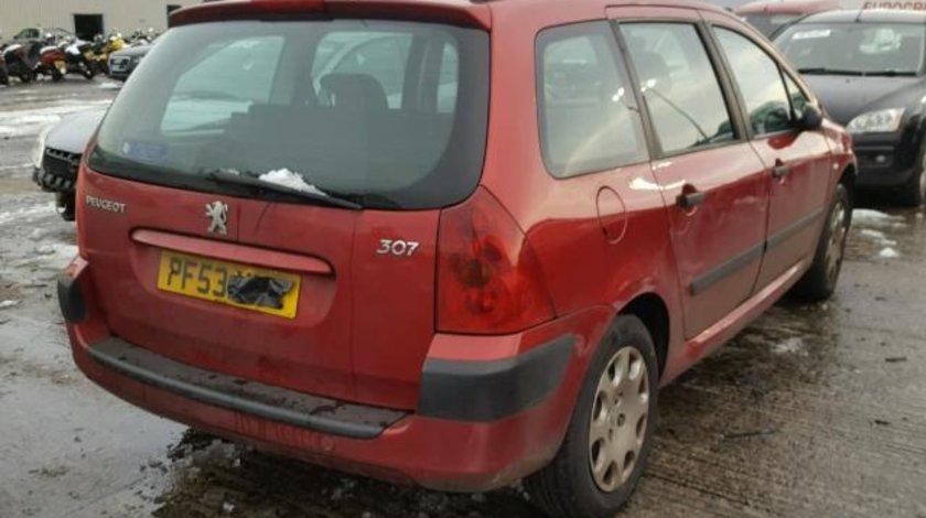 Dezmembrez Peugeot 307sw, 1.4benzina