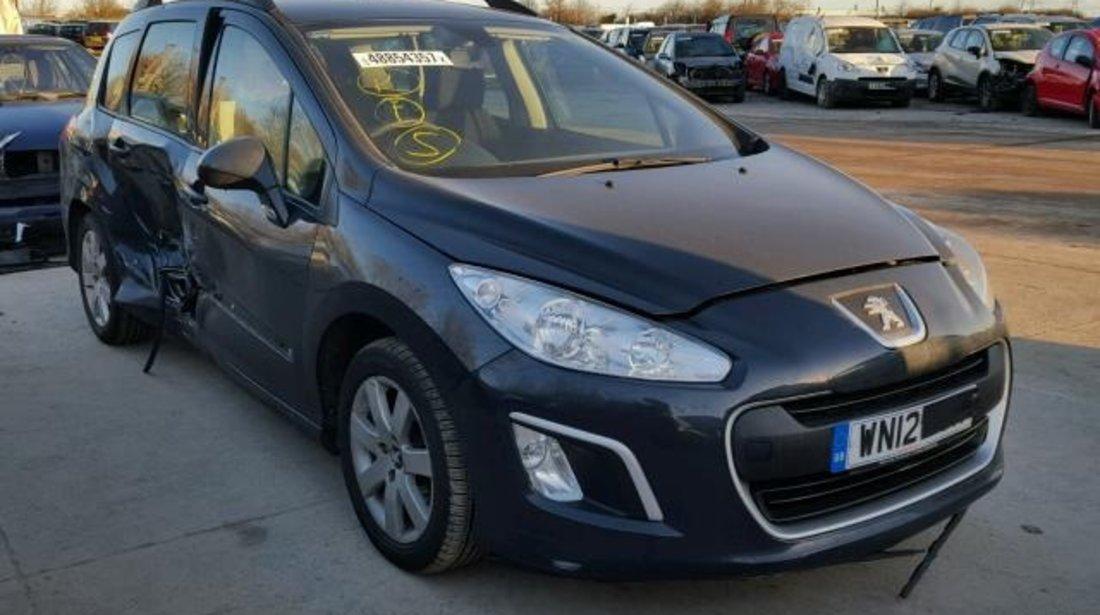 Dezmembrez Peugeot 308 sw 1.6hdi 2012