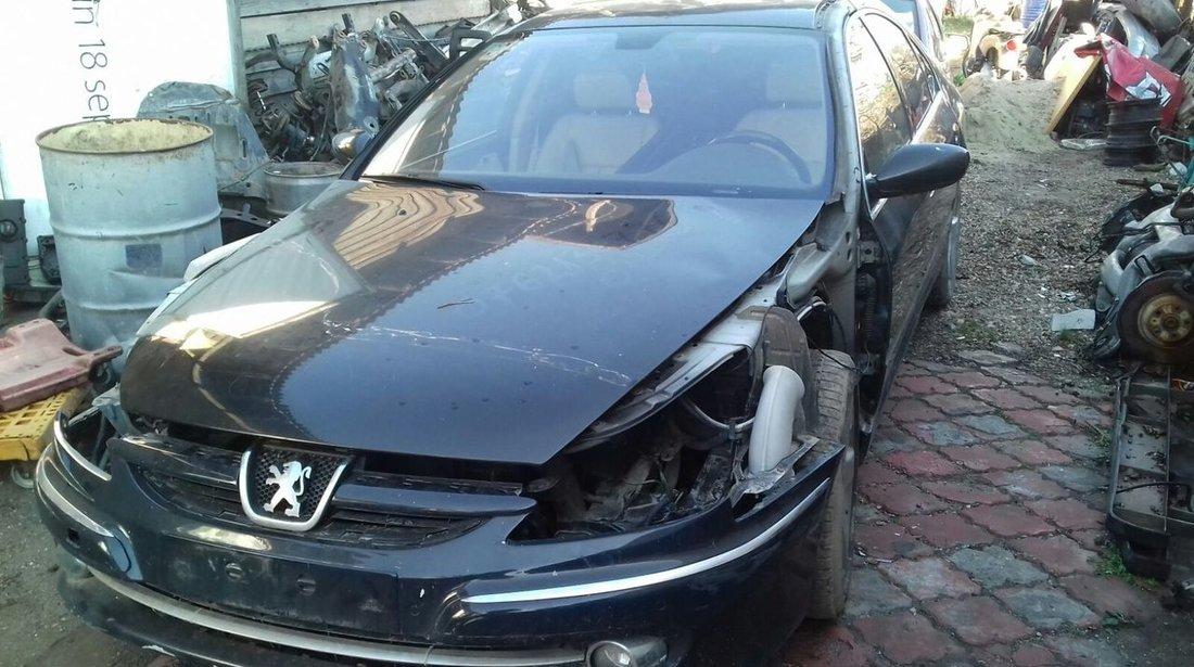 Dezmembrez Peugeot 607