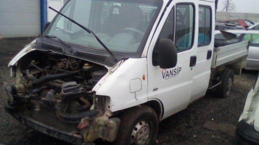 Dezmembrez Peugeot Boxer, an 2006, motorizare 2.2 HDI