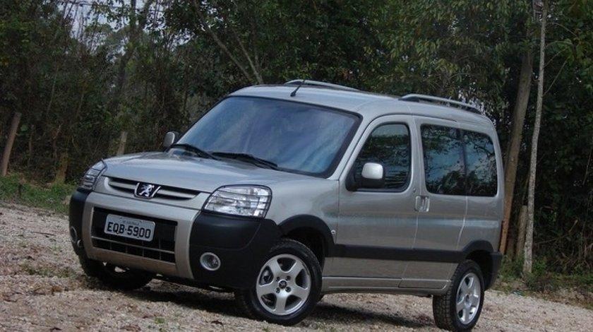 Dezmembrez Peugeot Partner 1 6 Hdi 9hx 27000 Km Din 2009