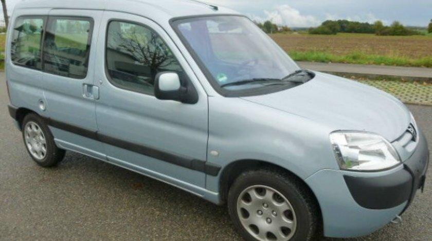 Dezmembrez Peugeot Partner 2002 1.4i