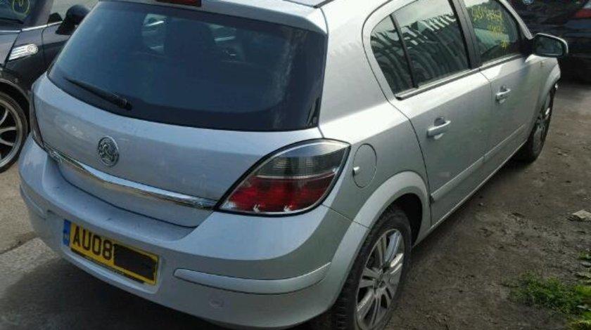 Dezmembrez piese motor Opel Astra H, 1.6b