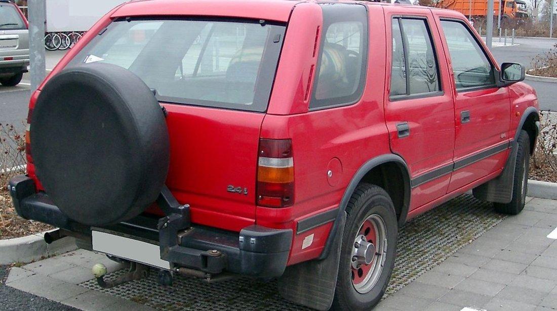 Dezmembrez,Piese Opel Frontera A  2400 Benzina 1991 1995