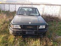 Dezmembrez,Piese Opel Frontera A Sport 2000 Benzina cu Ac functional  din anul 1995