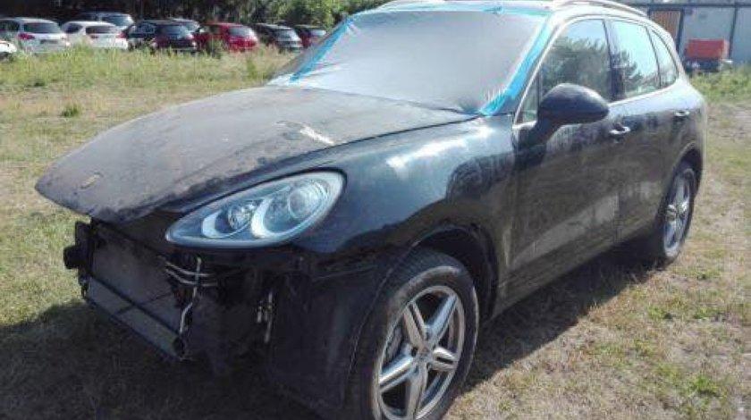 Dezmembrez Porsche Cayenne an 2012 motor 3.0 diesel