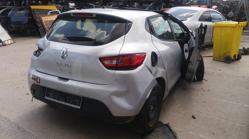 Dezmembrez Renault Clio 4, fabr. 2014,1.2i 16V