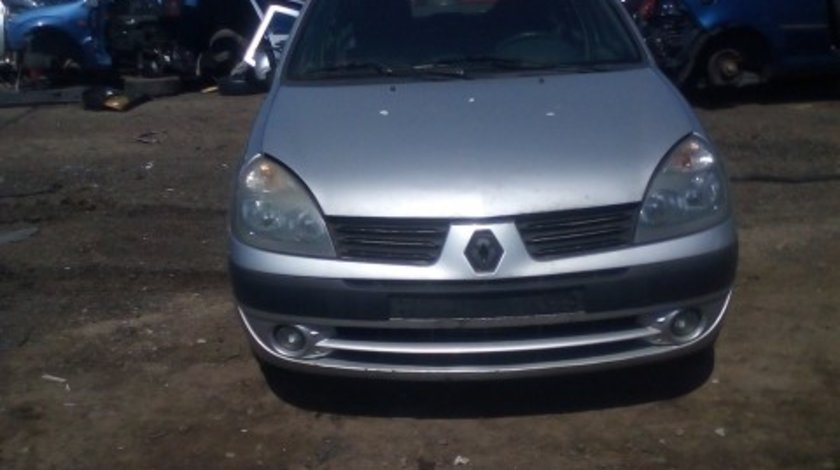 Dezmembrez Renault Clio, an 2005, motorizare 1.5 DCI, Diesel, kw 50, caroserie Hatchback