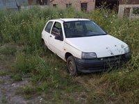 Dezmembrez Renault Clio motor 1.2 an 1995