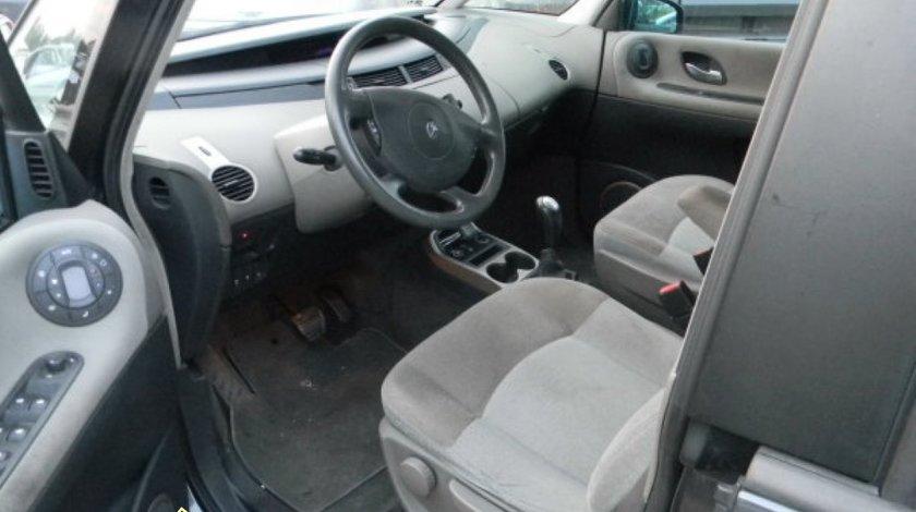 Dezmembrez Renault Espace IV 3 0 dCi si 1.9dCi automat tiptronic an 2003