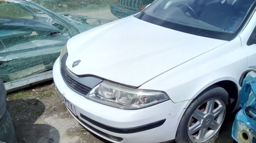 Dezmembrez Renault Laguna 2 1.8 Benzina an fab 2003