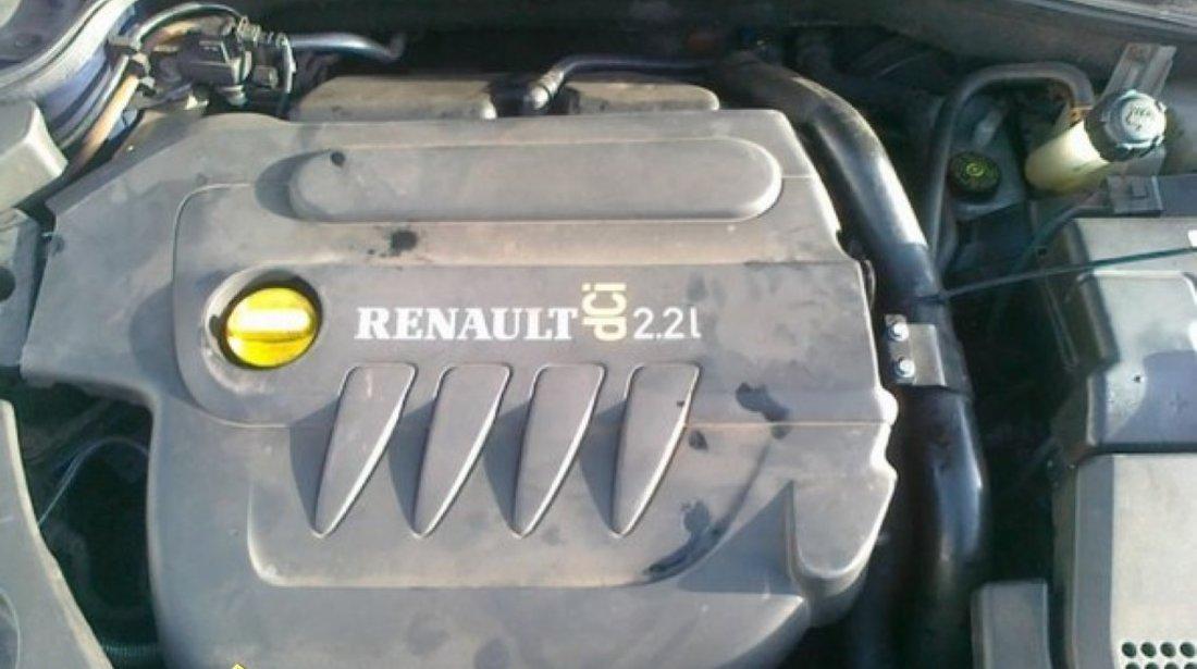 DEZMEMBREZ RENAULT LAGUNA 2 2DCI AN 2003