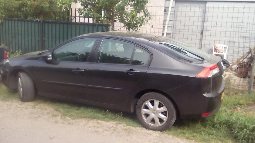 dezmembrez Renault laguna 3 2008