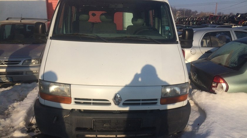 Dezmembrez Renault master / Opel movano 2,2 dci 2003