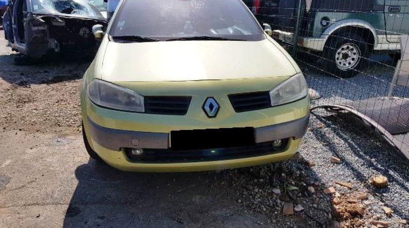 Dezmembrez Renault Megane 1.6 16v ; 3-hatchback