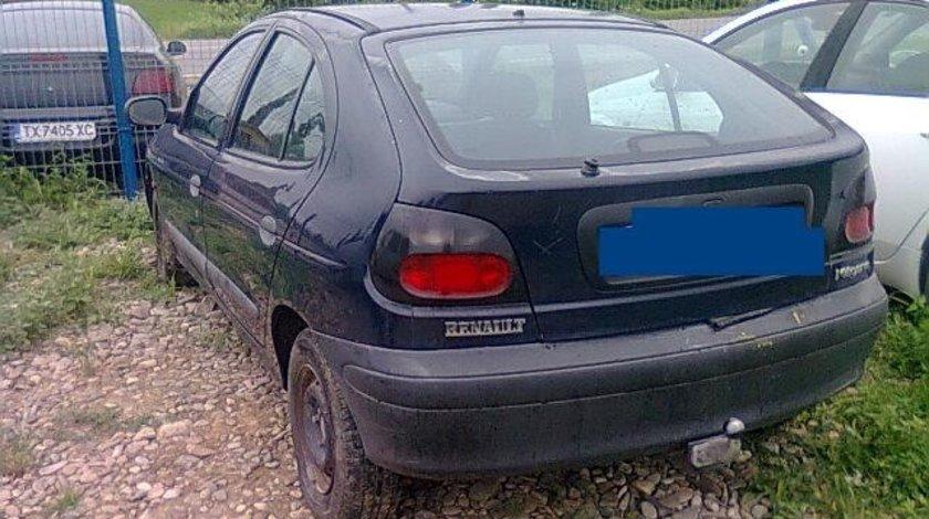 Dezmembrez Renault Megane 1.9d