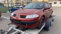 Dezmembrez Renault Megane 2 1.6 benzina automat 1....