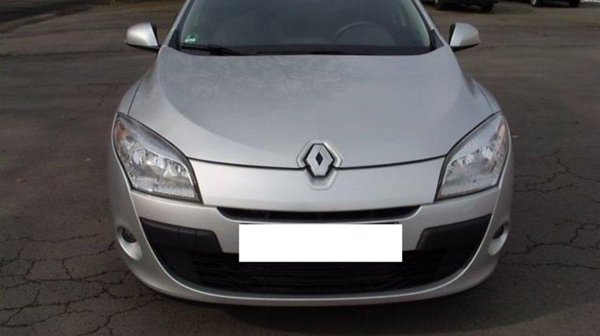 Dezmembrez Renault Megane 3 1.5 d