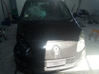 Dezmembrez Renault Twingo 2 1.2 motor D7F A800 din 2009