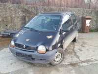 Dezmembrez Renault Twingo an 1997 benzina