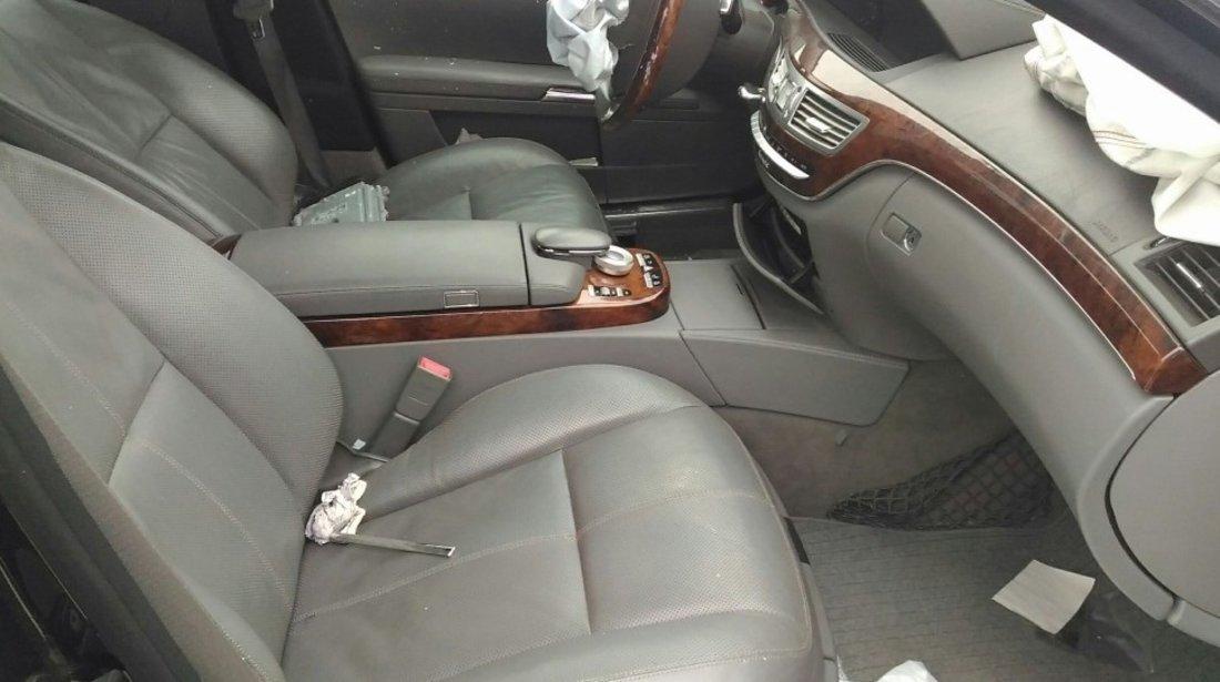 Dezmembrez S class W221 S400 Hybrid 2011 Facelift