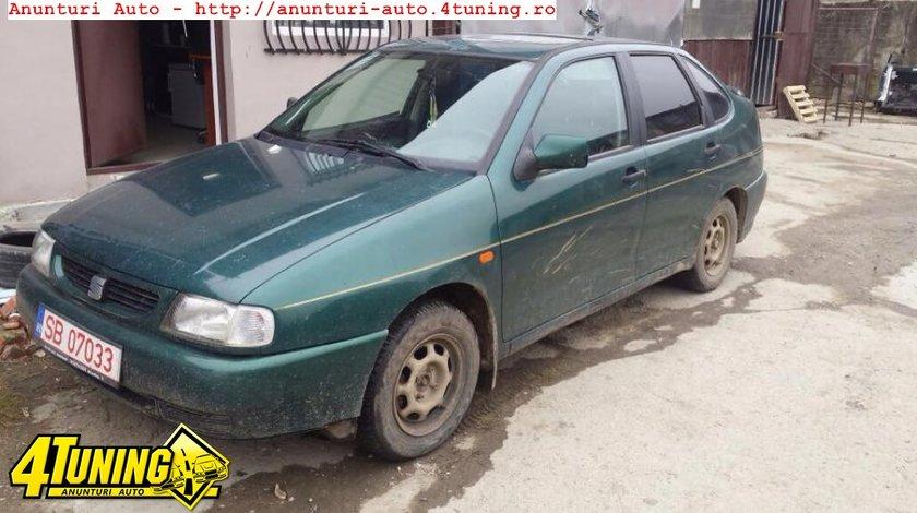 Dezmembrez Seat Cordoba 1 6 benzina 1998