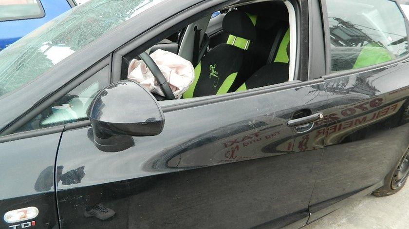 Dezmembrez Seat Ibiza model 2011