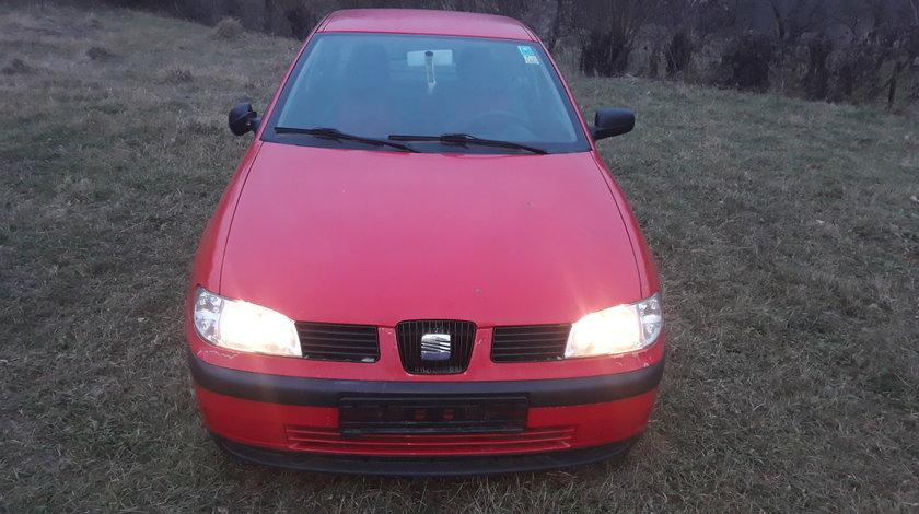 Dezmembrez Seat Ibiza Rosu 1999 2002 1.4 8 V benzina cod Aud, jante aliaj pe 15
