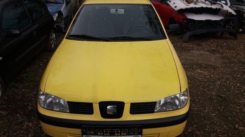 Dezmembrez Seat Ibiza,Seat Cordoba Galben 1999 2002 1.4 8 V AUD