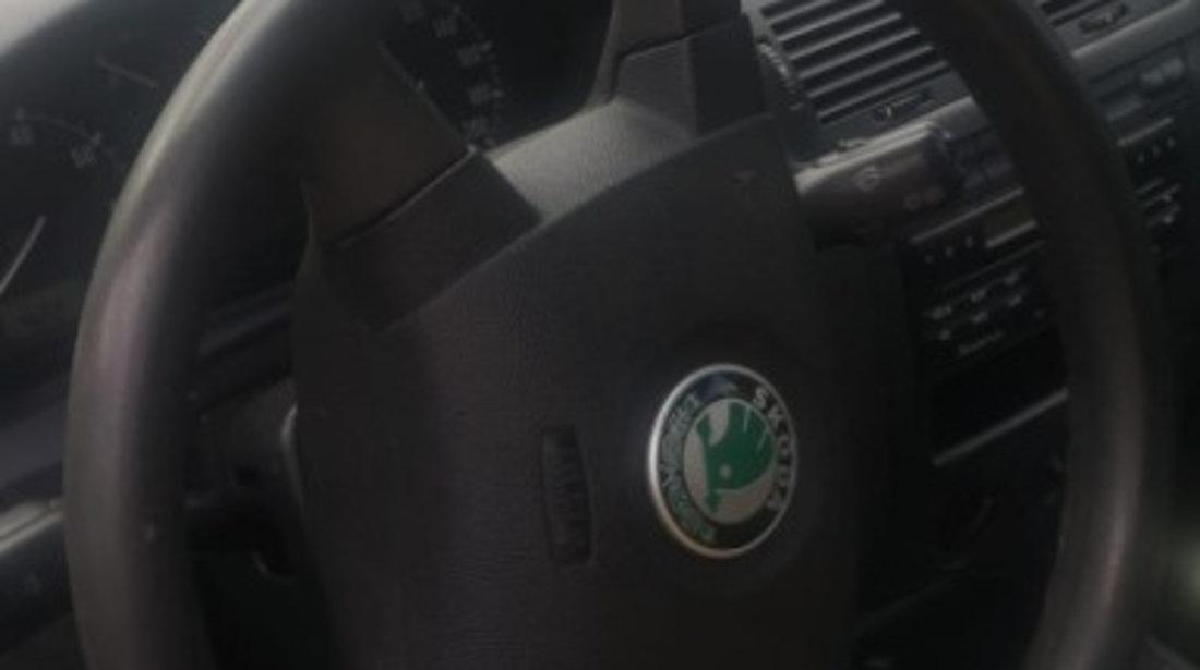 Dezmembrez Skoda Fabia 2003 Hatchback 1.4