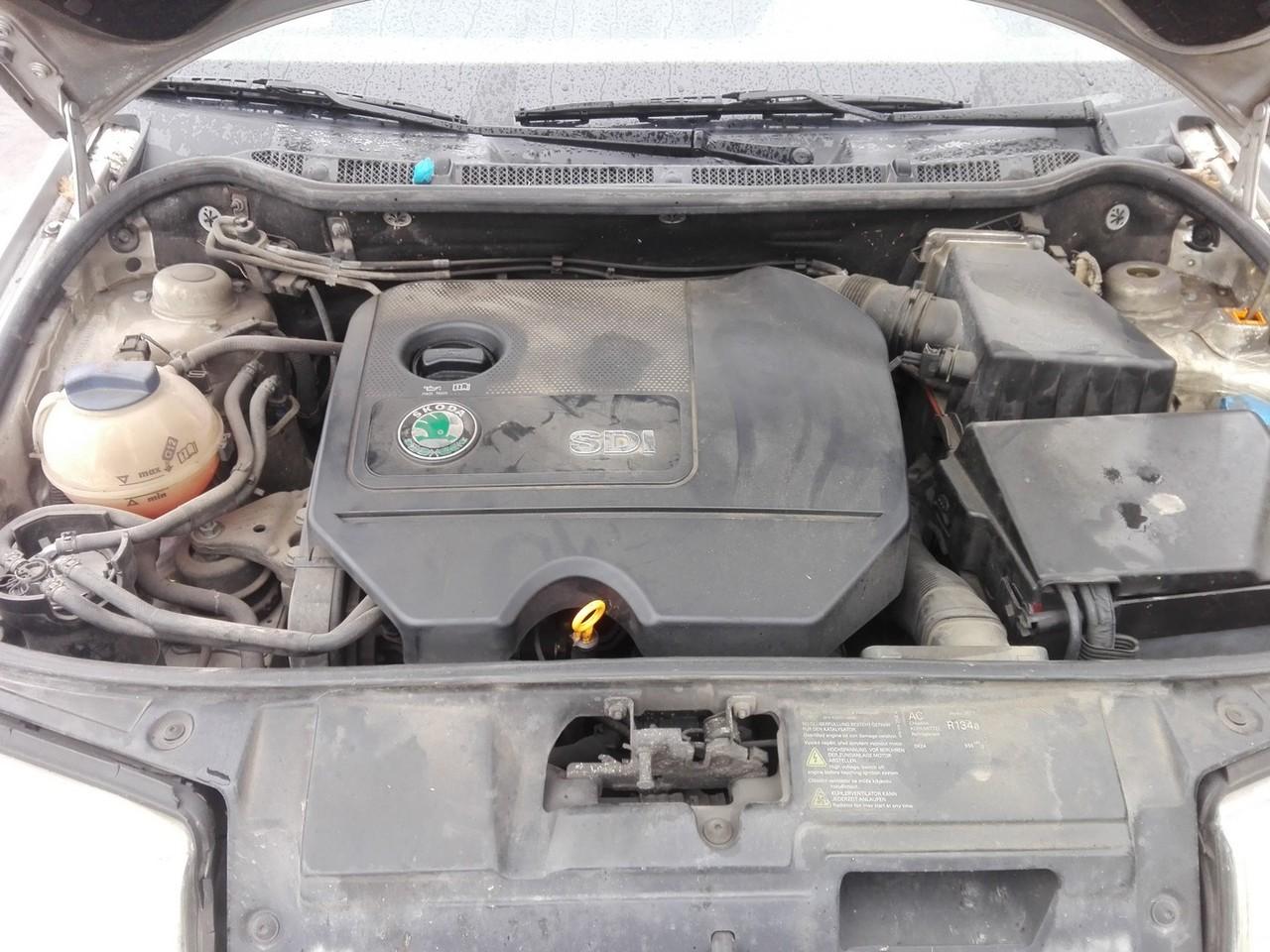 DEZMEMBREZ skoda fabia , an fabricatie 2003 , 1.9sdi tip motor ASy