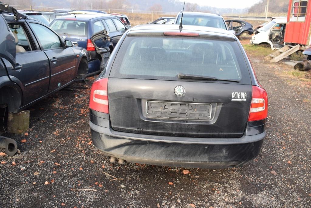 Dezmembrez Skoda Octavia 2 1.9 Tdi BLS 2008