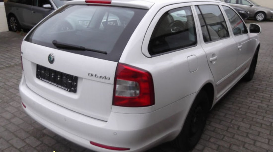 Dezmembrez Skoda Octavia 2 Facelift 2009 2010 2011 2012