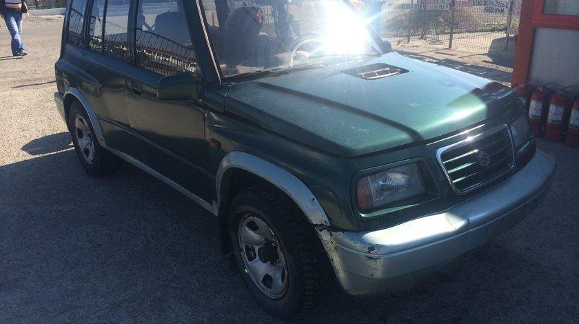 Dezmembrez Suzuki Vitara 2,0 tdi 1998