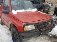 Dezmembrez Suzuki Vitara an 1996 motor 1.6