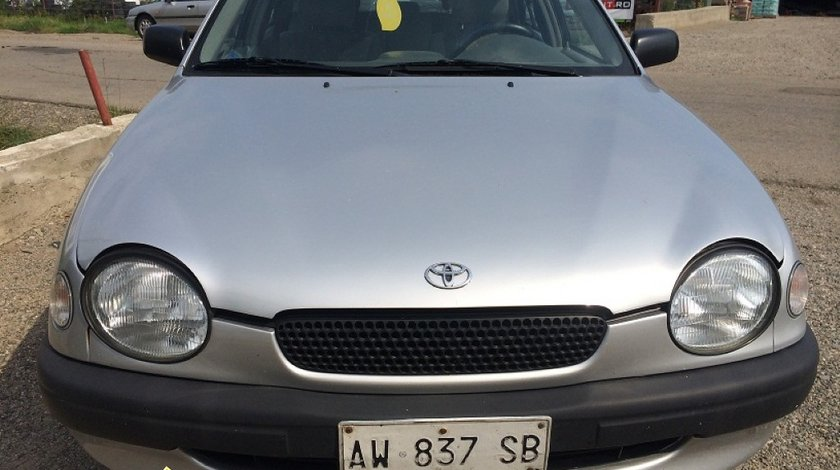 Dezmembrez Toyota Corolla 1998