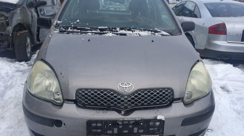 Dezmembrez Toyota yaris 1,4 D-4D 2004