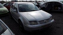 Dezmembrez Volkswagen Bora, an 2000, motorizare 2....