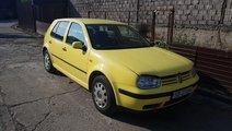 Dezmembrez Volkswagen Golf 4  1.4 16 v an 2000