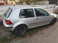 Dezmembrez Volkswagen Golf 4 1.6i 16v