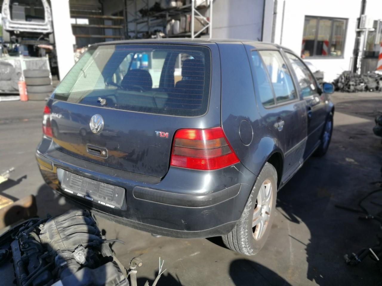 DEZMEMBREZ Volkswagen Golf 4 an de fabricatie 2001 - 2002 - 2003 - 2004 - 2005