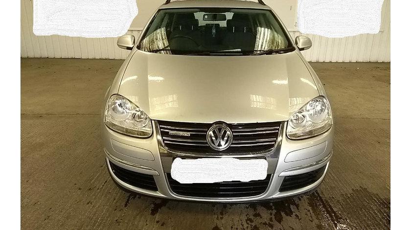 Dezmembrez Volkswagen Golf 5 2009 Golf Variant BlueMotion 1.9 TDI Motorina