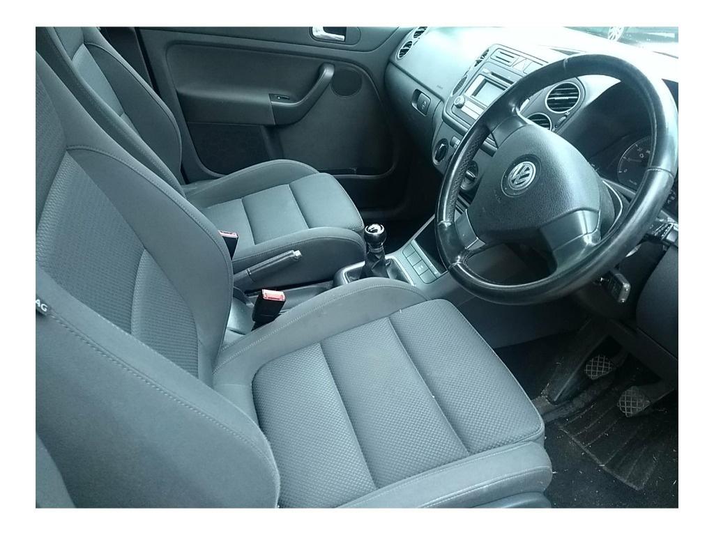Dezmembrez Volkswagen Golf 5 Plus 2009 Hatchback 1.4 TSI