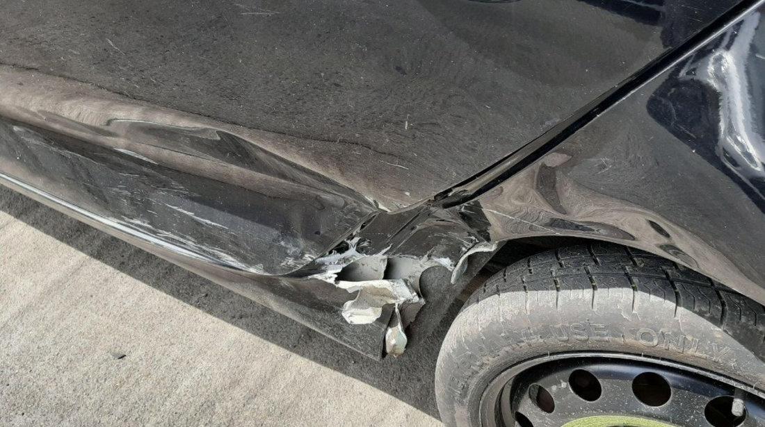 Dezmembrez Volkswagen Golf 6 2010 Hatchback 1.6 tdi