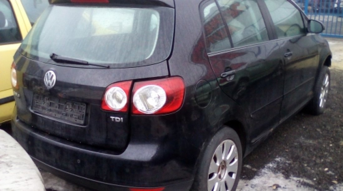 Dezmembrez Volkswagen Golf V Plus, an 2007, motorizare 1.9 TDI