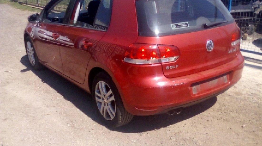 Dezmembrez Volkswagen Golf VI, an 2009, motorizare 2.0 TDI